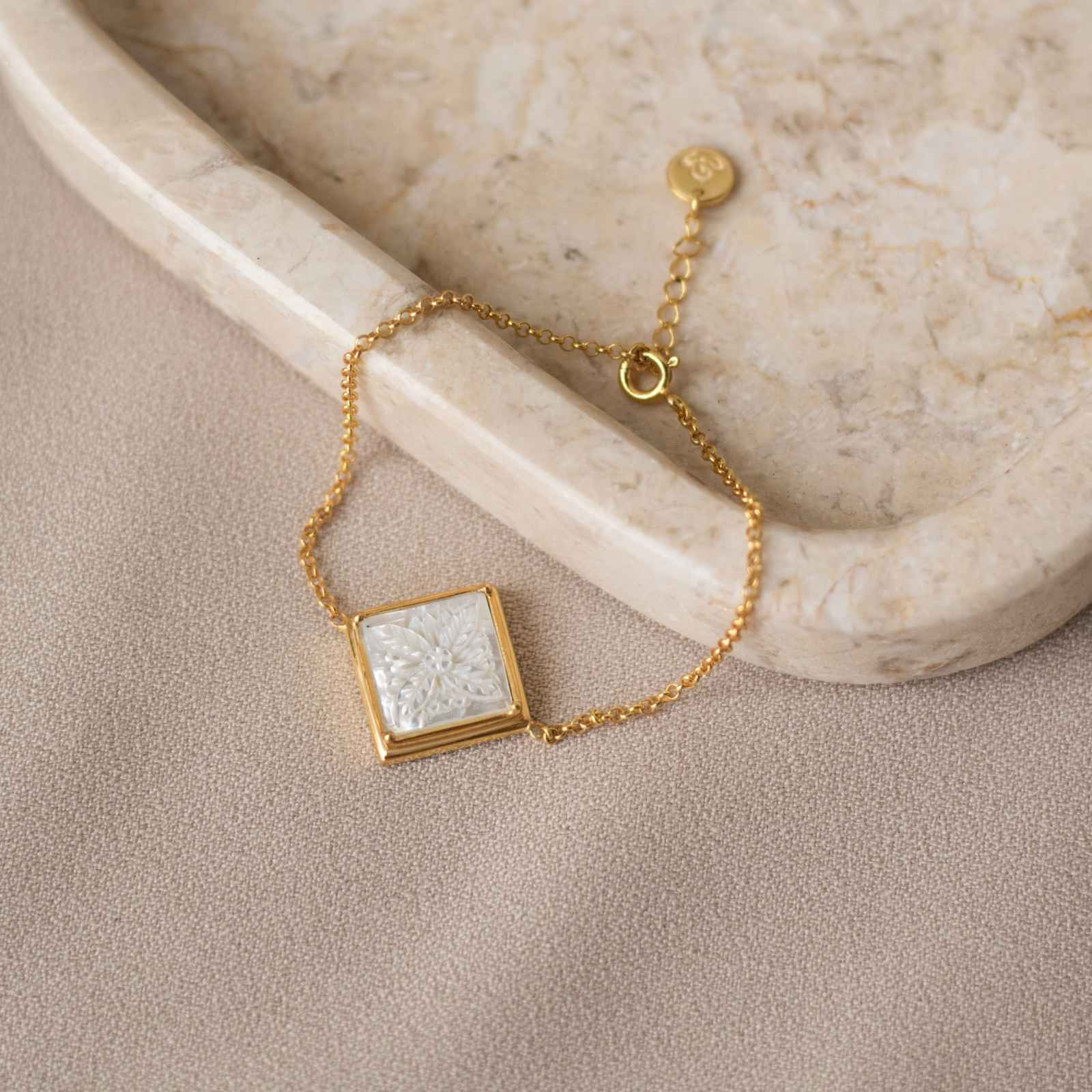 Patra Bracelet Square with Mother of Pearl