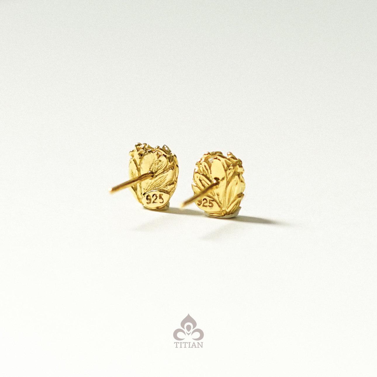 Rani Earstud Gold